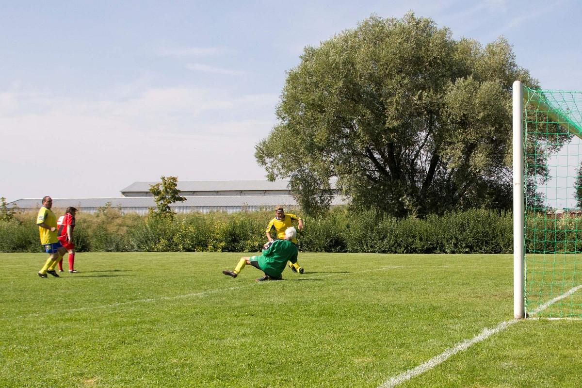 085 Fotbalovy turnaj Nova Ves 17.8.2013